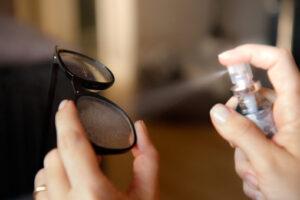 schoonmaken brillenglas